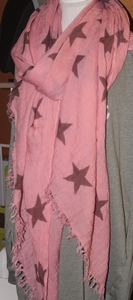 Roze met sterren sjaal
