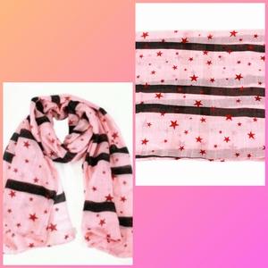 Sjaal roze met sterren